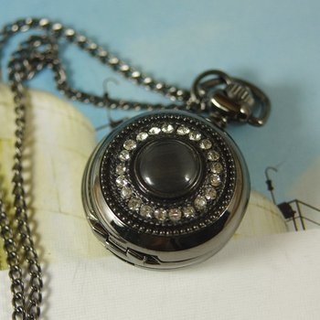 2012 shipping new men women lady white Crystal mini silver Pocket Watch Antique wp087